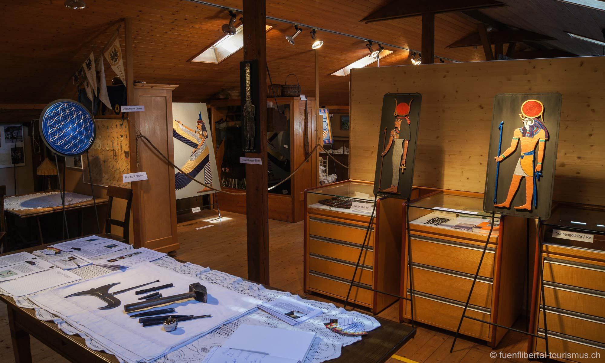 """Ausstellung """"Mit Hammer und Meissel"""" im Dorfmuseum Ziefen, 2011"""