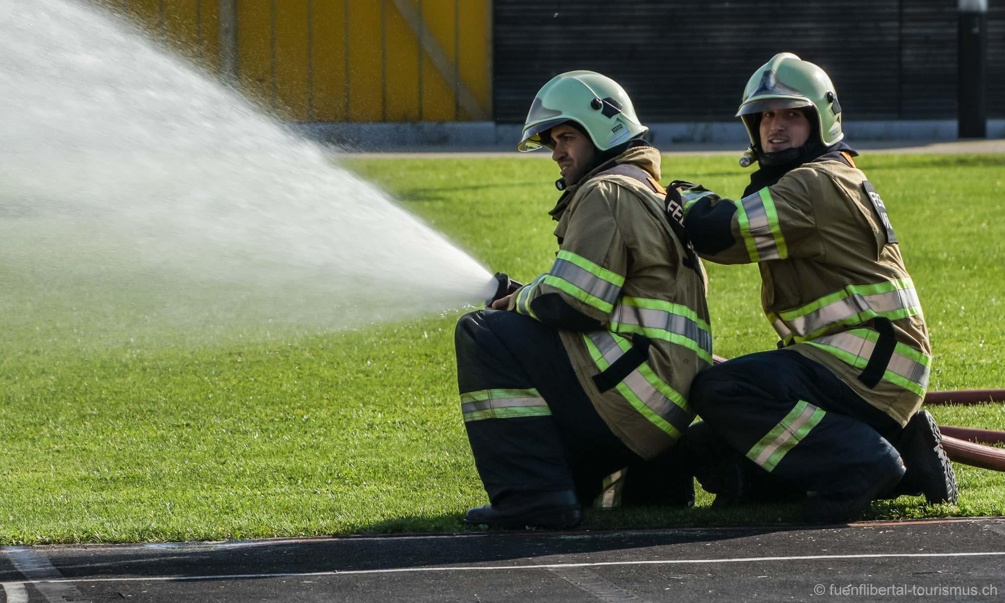 Hauptübung Feuerwehr Wildenstein 2011