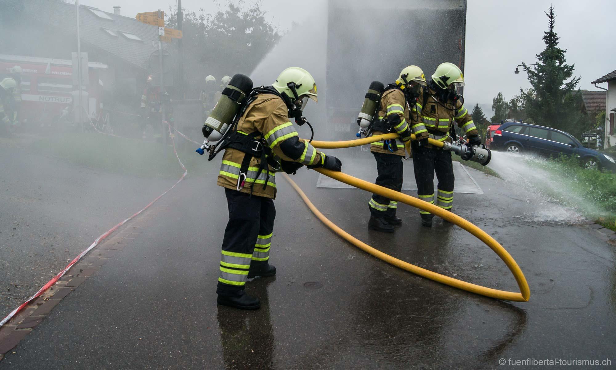 Hauptübung Feuerwehr Wildenstein 2012